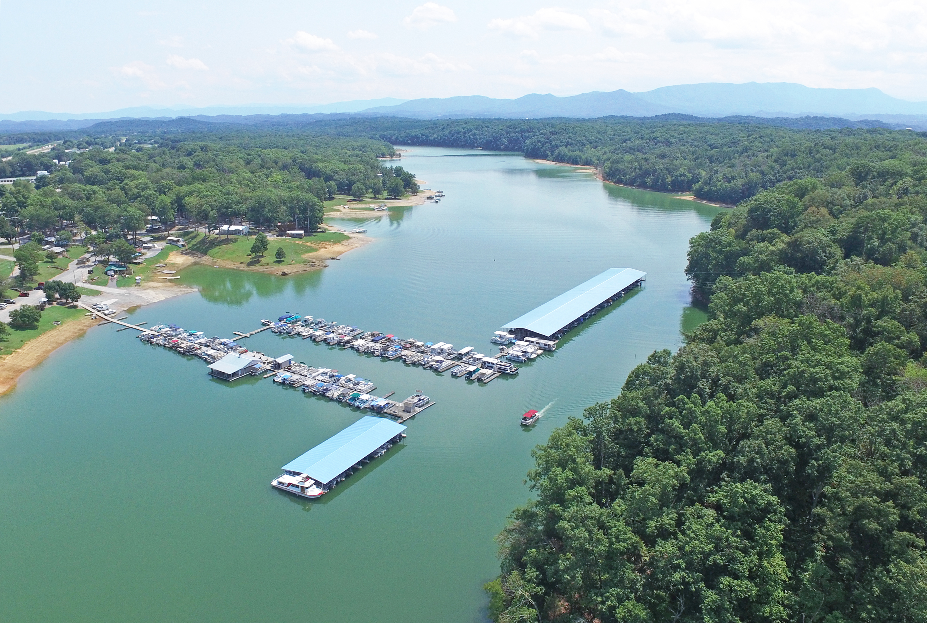 Swanns Marina: About Us